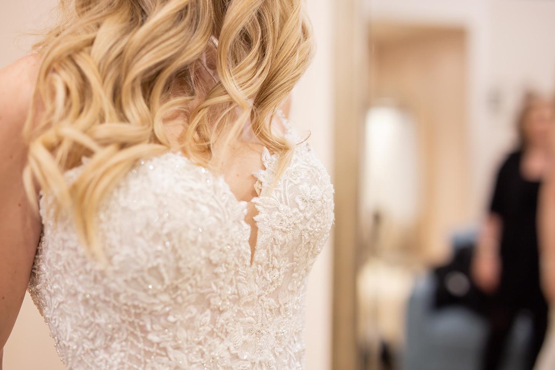 wedding-dress-details